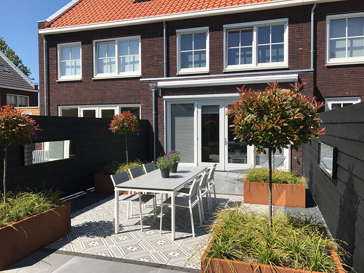 kleine tuin ruimtelijk maken